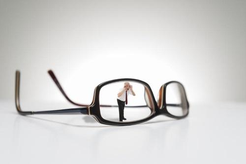 Человек и очки
