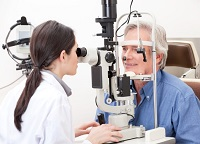Проверка глазного давления