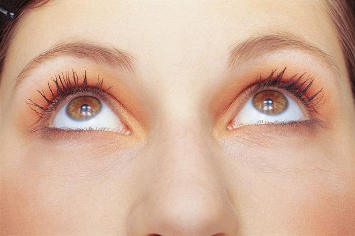 Лечение катаракты в домашних условиях народными средствами