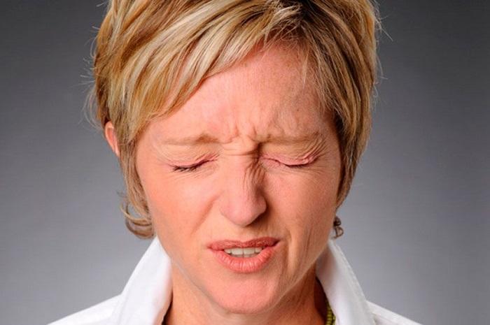 Почему болят глаза когда смотришь вверх — Лор и Простуда