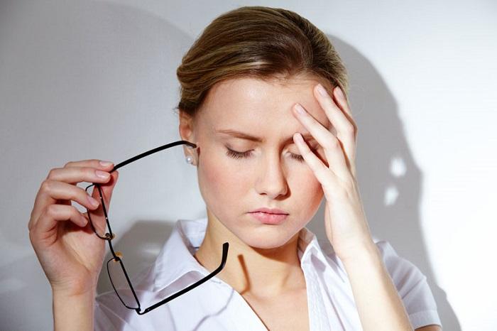 Рябь в глазах потом головная боль причины
