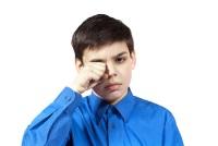 Мальчик в голубой рубашке
