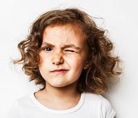 Нервный тик глаза у ребенка