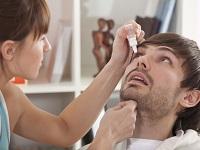 На приеме офтальмолога